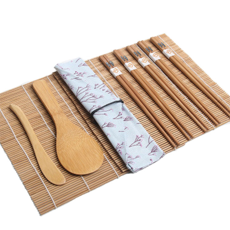 Factory wholesale Japanese style bamboo sushi making kit bazooka,sushi kit for beginners