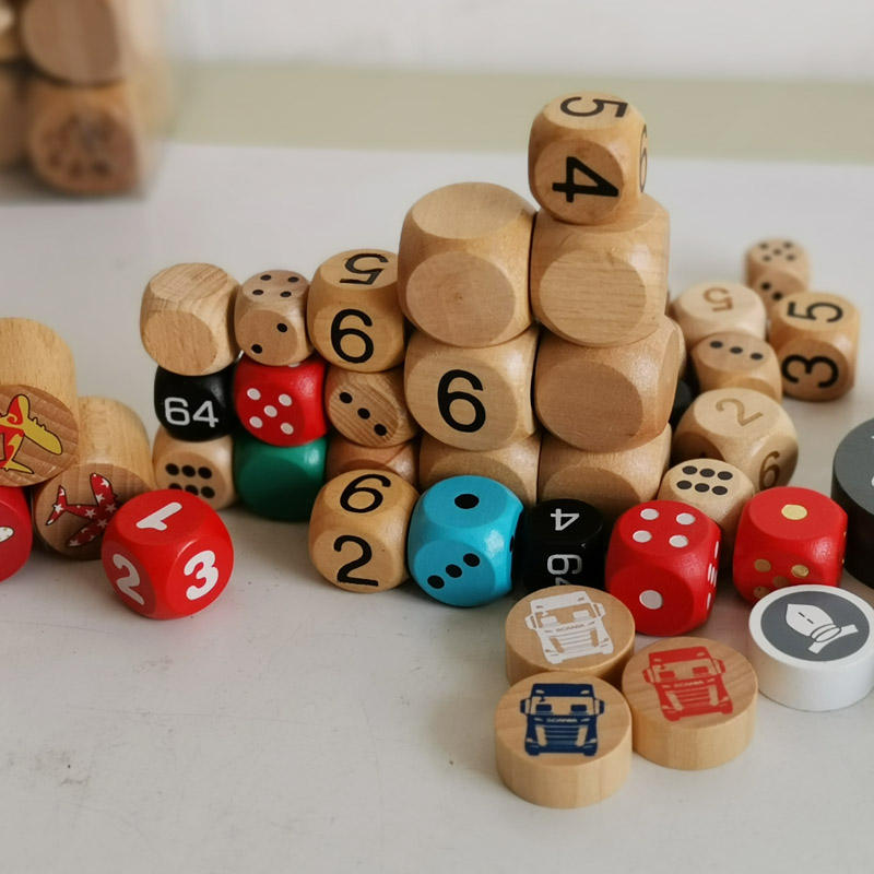 Dongguan factory various size custom laser engraved wooden dice
