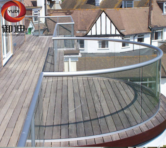 Balcony U Channel Curved Glass Balustrade
