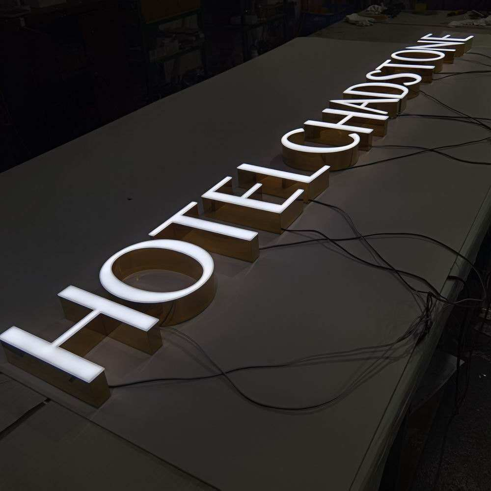 Wholesale Well Fabricated Mirror Finished Frontlit Gold Outdoor Letter Sign