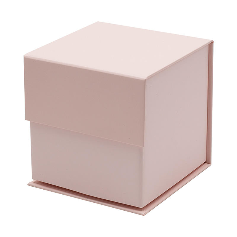 Small cube luxury pink rigid magnetic closure retail gift box for candle packaging