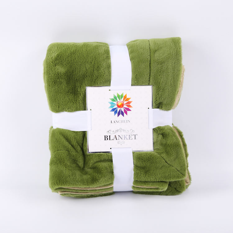 Solid Color Branded Winter Polyester Faux Fur Fleece Blanket Warmer In China