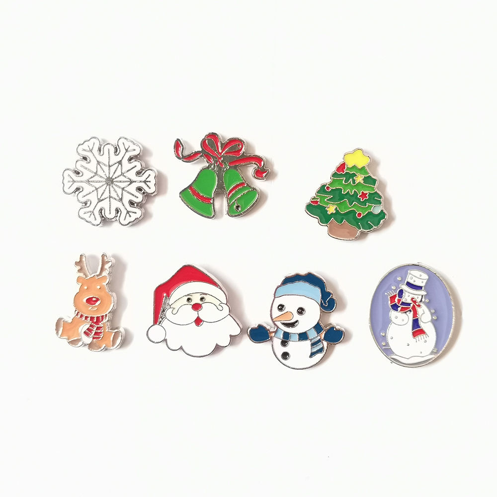 Christmas Brooch Bell Snowman Santa Claus Snowflake Elk Pins Enamel Brooches For Women Fashion Party Jewelry Gifts