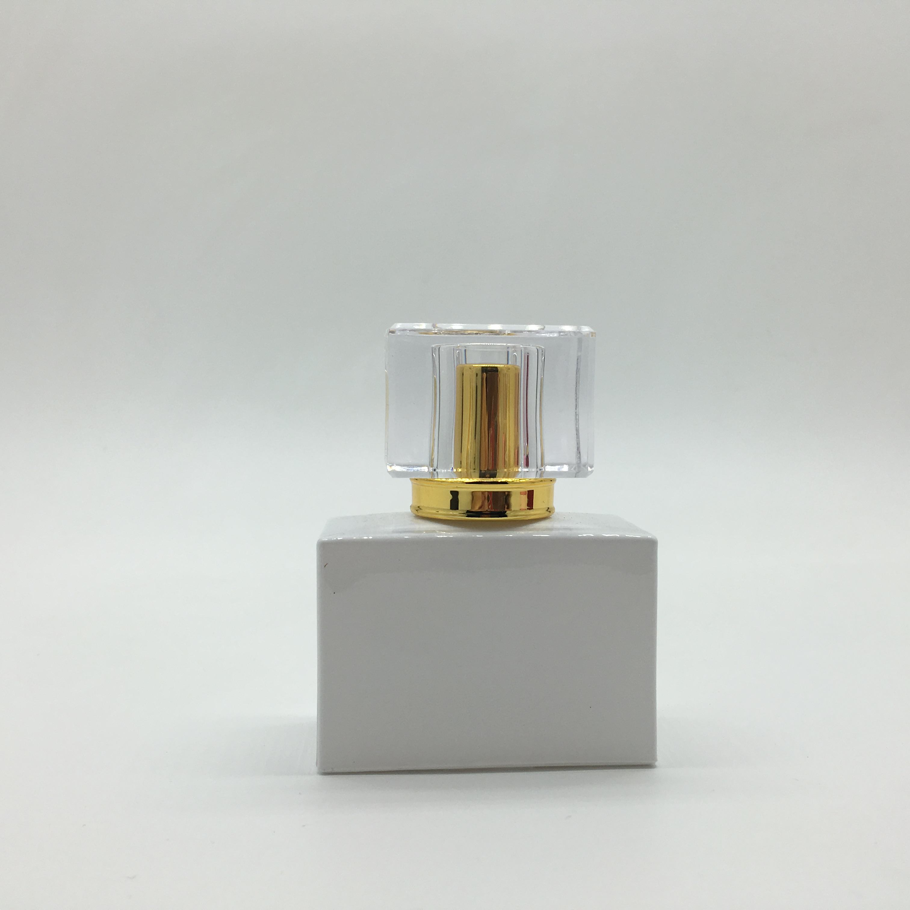 New design India hot 30ml square colors glass spray perfume bottle