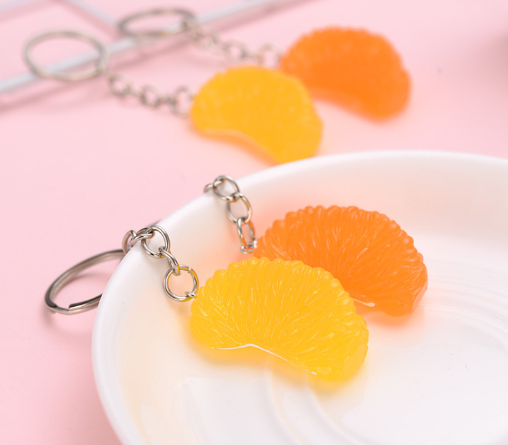 Resin Simulation Orange pulp keychains for promotion