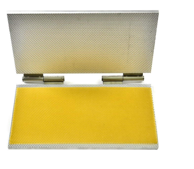 Beekeeping Notebook Casting Mould Embossing Machine or Manual Square Foundation Wax Mould From China Manufacturer