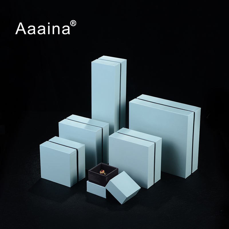 Aaania Clear Plastic Jewelry Box Leatherette Paper Square Jewelry Gift Box