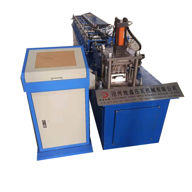 2018 rolling shutter door roll forming machine price