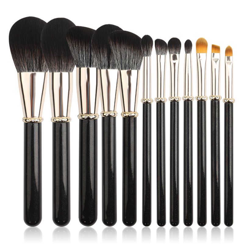 New Amazon Hot Selling Foundation Eyeshadow Eyeliner Blusher Makeup Brushes Set with Leather Case