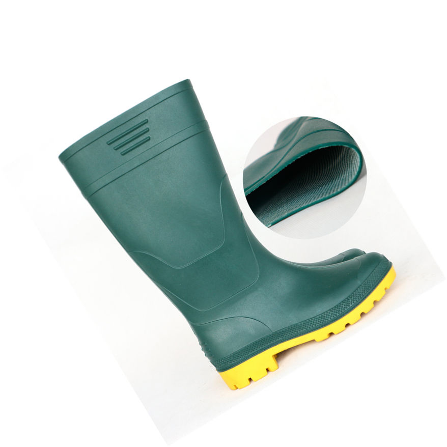 2019 new products PVC safety rain boots with waterproof lightweight function for farming