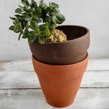 Terracotta color handmade ceramic flower pots without coating
