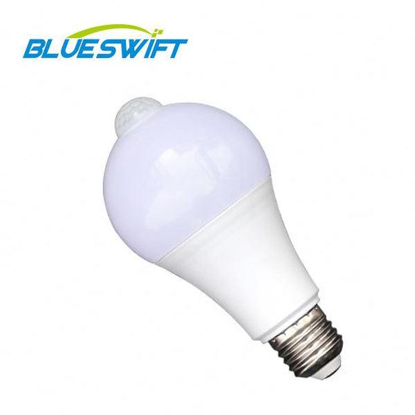 Yeni tasarım akıllı lamba 12W 7W E27 B22 <span class=keywords><strong>PIR</strong></span> <span class=keywords><strong>hareket</strong></span> sensörlü <span class=keywords><strong>Led</strong></span> ampul