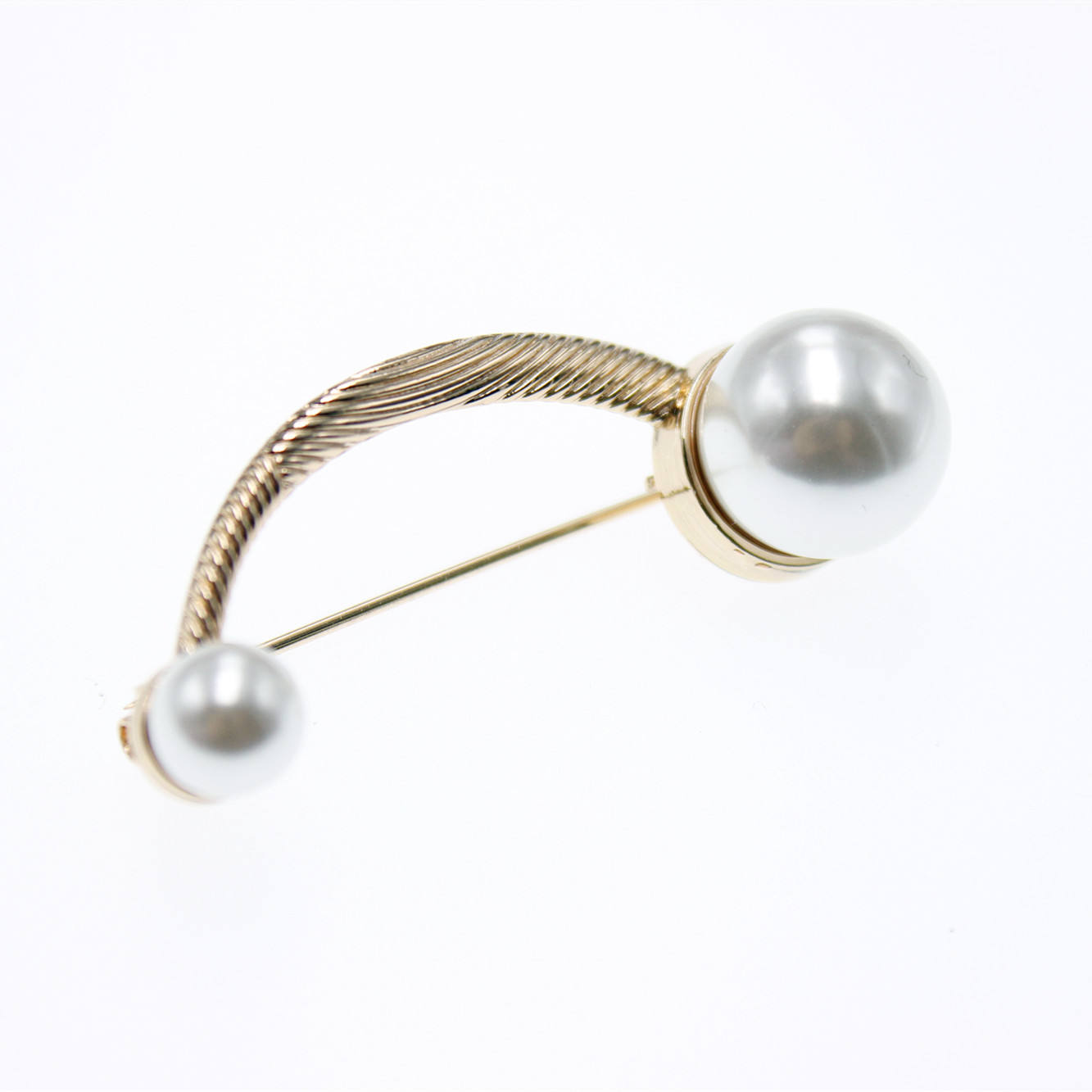 Best price custom zinc alloy plastic ball brooch jewelry safety pins brooch