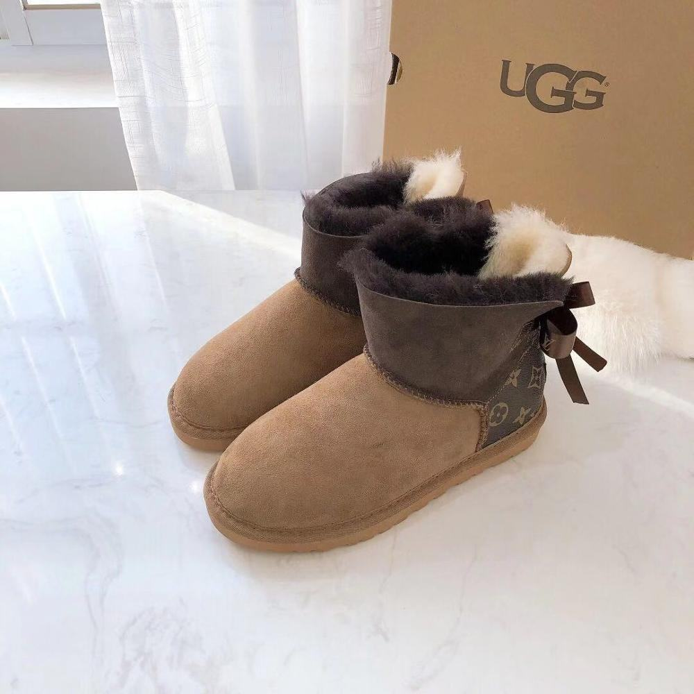 Women Fancy Winter Warm Suede Snow Outdoor Sheepskin Fur Lining Bailey Bow Fashion Wide Calf Sheep Skin Boots