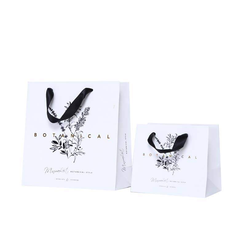 China manufacturer cheap small paper gift bags with handles bag printing celebrate for UV