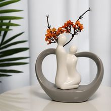 Lovely couple ornaments wedding ceramic small sculpture custom home decoration piece for gifts