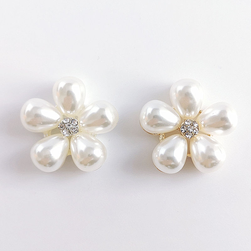 100pcs lot Craft Pearl Crystal Rhinestone Buttons Flower Round Cluster Flatback Wedding Embellishment Jewelry Craft
