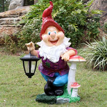 Custom fiberglass garden decoration dwarf gnomes resin statue with solar lamp