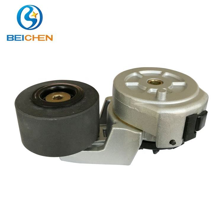 7808-3715 YC4112ZQ Yuchai Mesin Karet Pulley Timing Belt Tensioner
