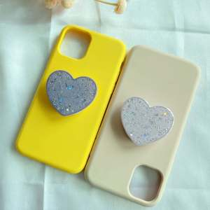 Hot selling New cell phone accessories Glitter Power Heart Shape Universal Phone Finger Grip Holder