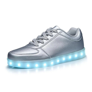 Factory Outlet Boys Sport Shoes Fashion Men Women Sneaker Fashion Led Light Up Shoes