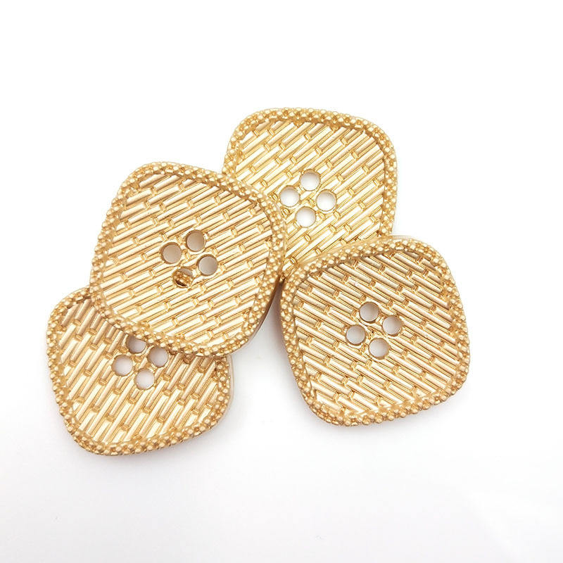 High Quality Fashionable Oeko-Tex Gold Sewing Metal Square 4/Four Hole Buttons