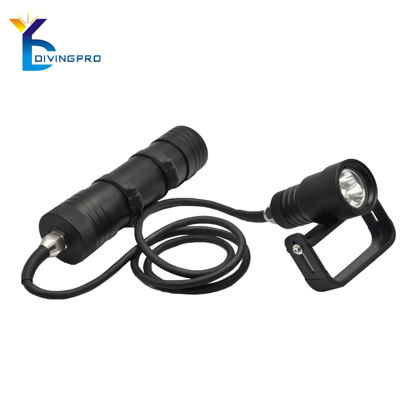 Hot Sale rechargeable led flashlight underwater 100m waterproof torch with quality warranty