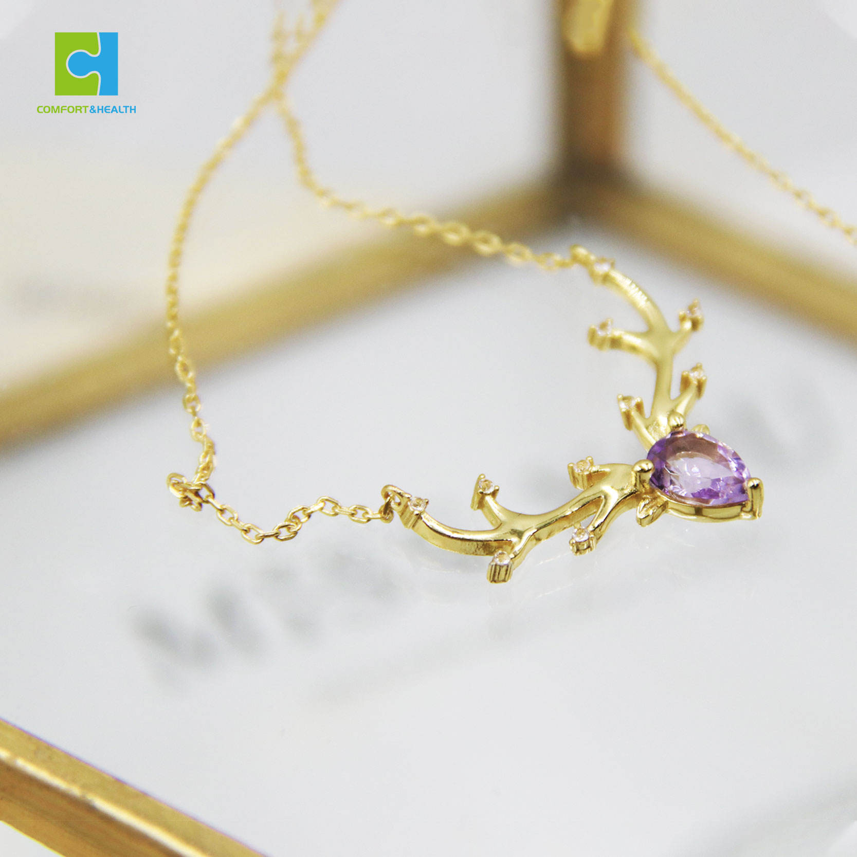 Elegant Jewelry Deer Shaped Pendant Natural Healing Crystal Necklace