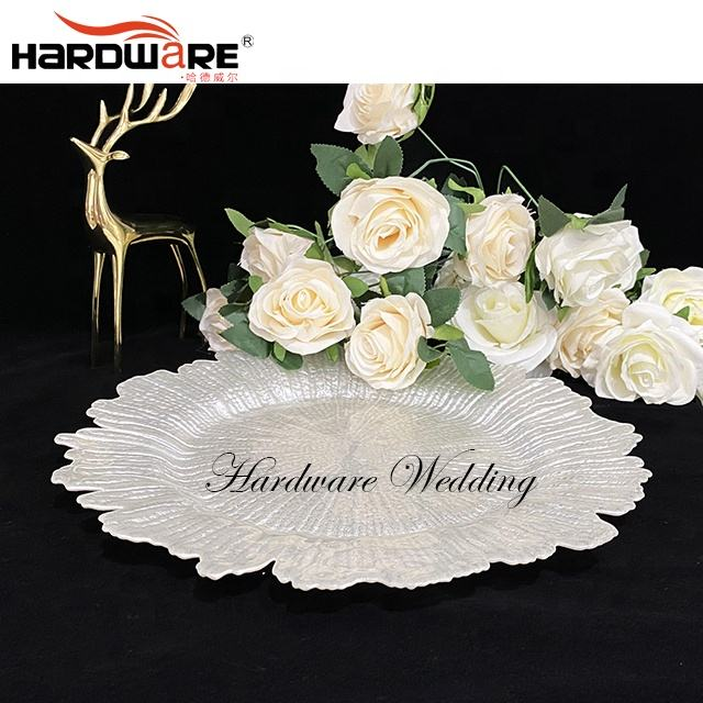 Hotel event dinner dish banquet centerpieces charger plates wedding decoration