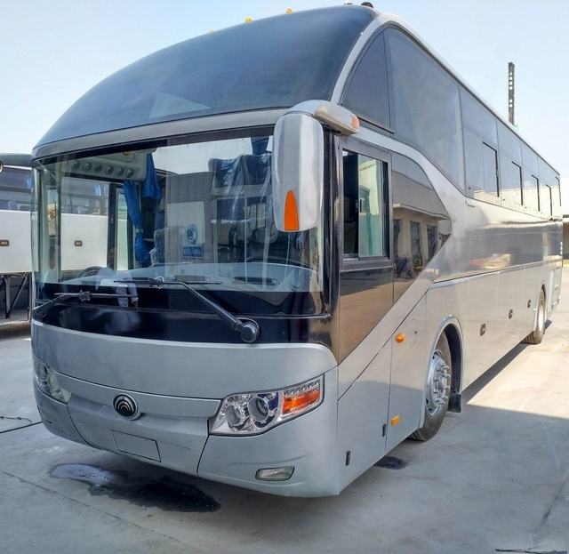2016 Used Yutong ZK6127 Luxury Coach Bus, 35 39 45 51 55 65 Seats CNG Engine