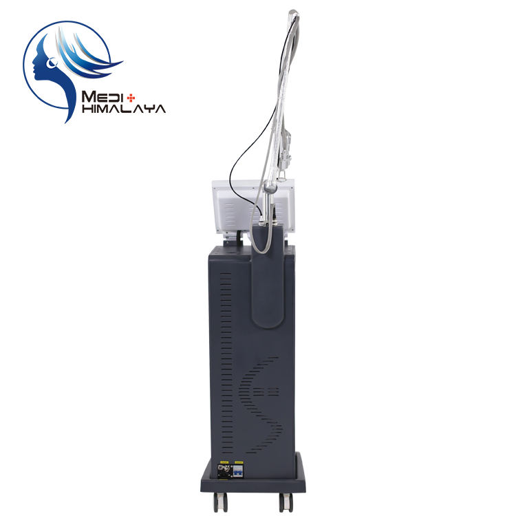 laser scar removal for acne/red stretch marks laser treatment/traitement laser co2 fractionne