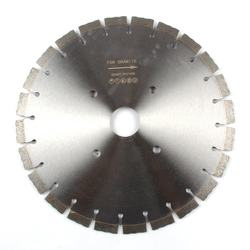 350MM High Frequency Welded Sintered Diamond Saw Blade For Cutting Conctete/Asphit/Granite/Quartz