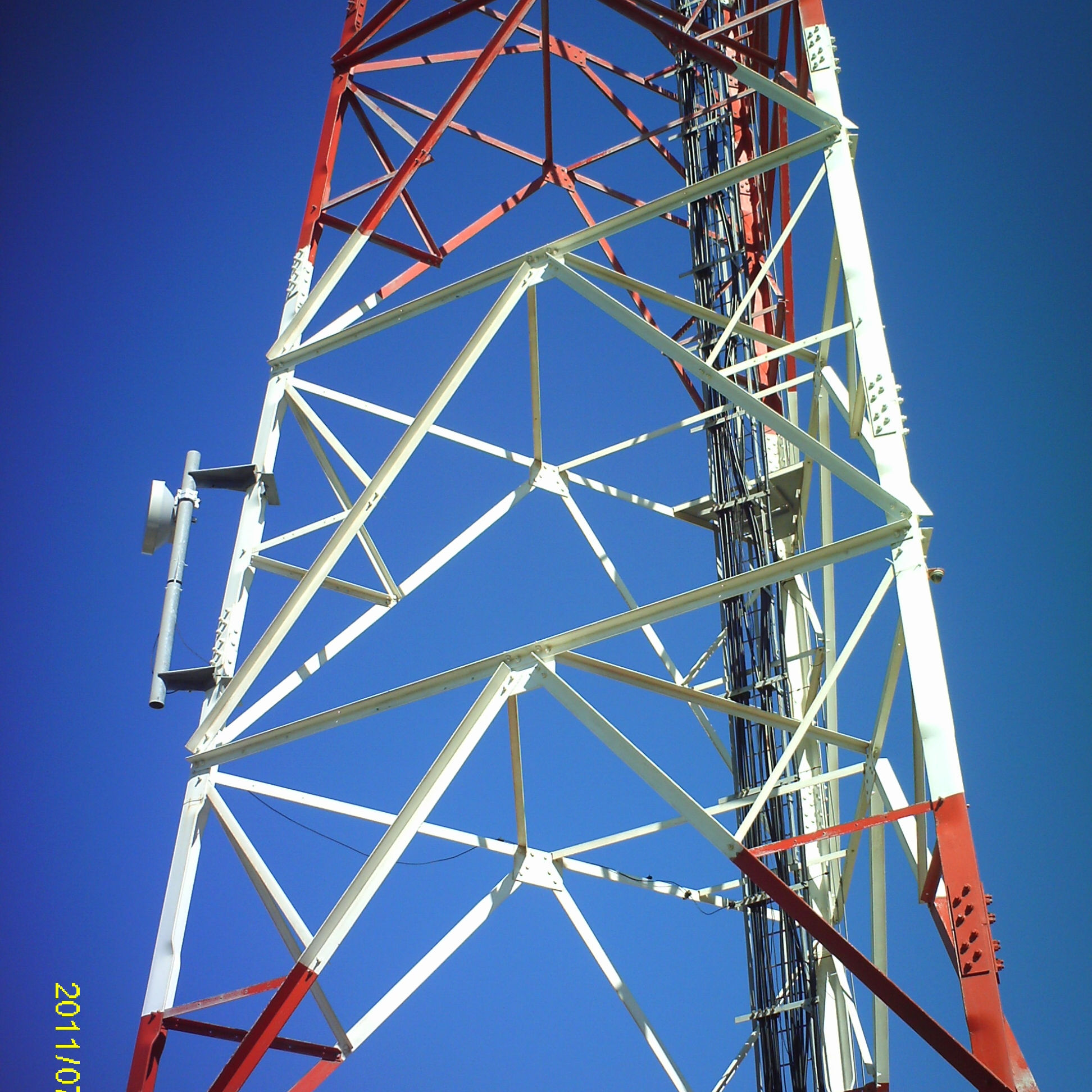 5G Communicatie Rooster <span class=keywords><strong>3</strong></span> Legged Gegalvaniseerd Staal Bube Telecommunicatie <span class=keywords><strong>Toren</strong></span>