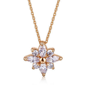 High Quality Flower Zircon Necklace 18k Gold Plated Diamonds Filled Snowflake Necklace For Women