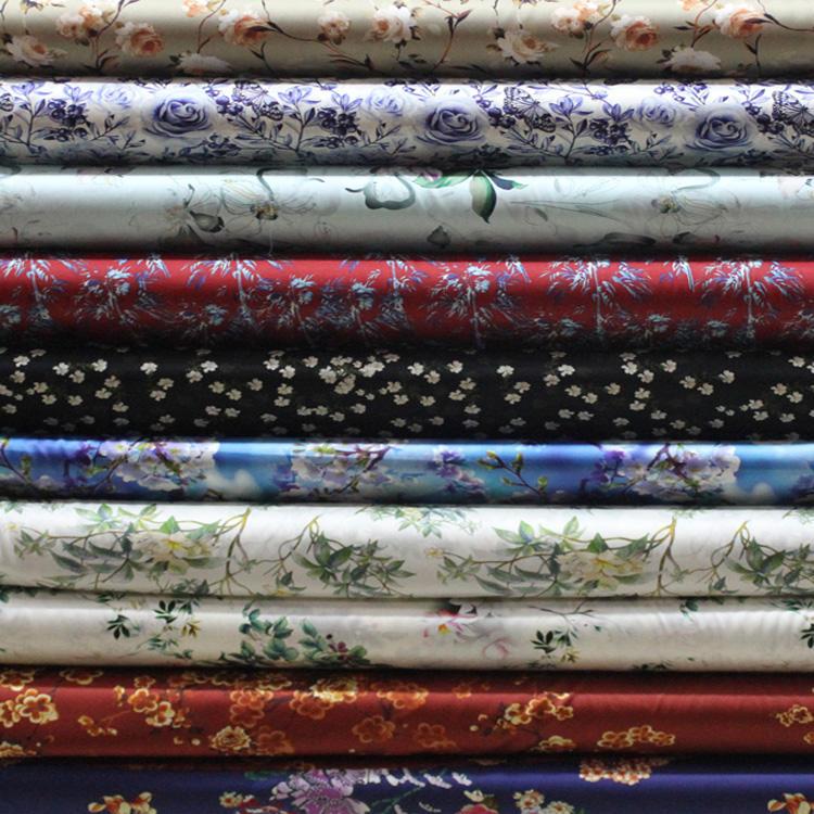 Venta al por mayor de encargo para prendas de vestir, textiles para el hogar impresa llanura Diseño Digital 100% de tela de seda