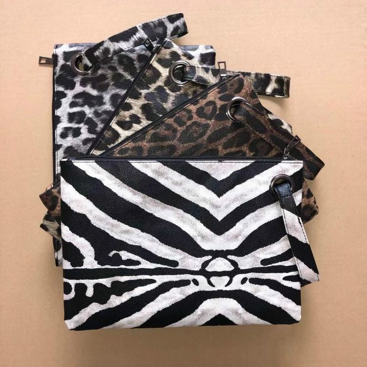 Wholesale Lady Fashion Zipper Cosmetic Pouch Bags Pu Leather Animal Printed Zebra Purse Women Clutch Bag