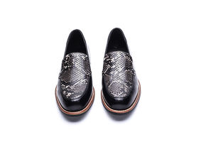 Factory Price Black Fashion Women Casual Slip-On Flat Loafer Shoes