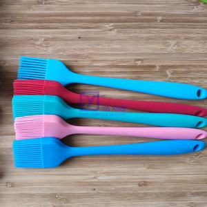 Heat Resistant Food Grade Pastry Tools Durable Silicone Oil Basting Baking Brush