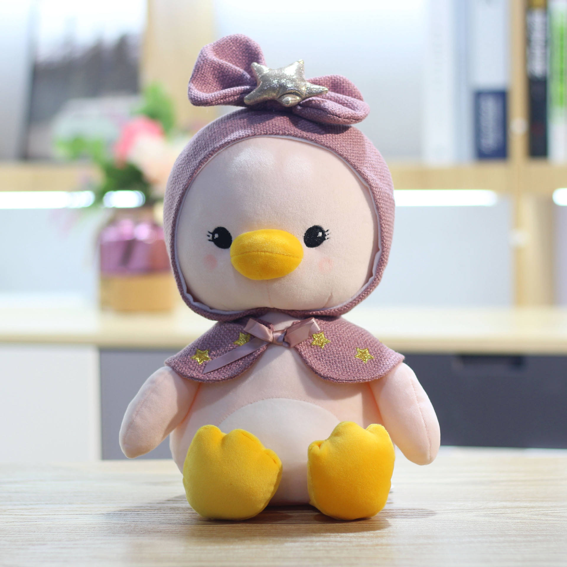 Hot Sale Adorable Cartoon Duck Plush Toys Custom Animal Plush Stuffed Toy Soft Kawaii Duck Doll With a Star Shawl