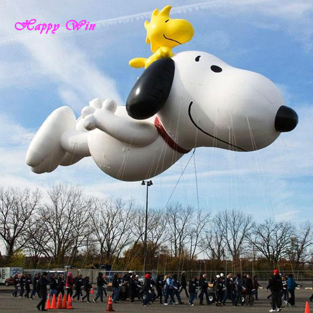 Thanksgiving Parade Inflatable Snoopy Snoopy Natal Inflatable untuk Komersial