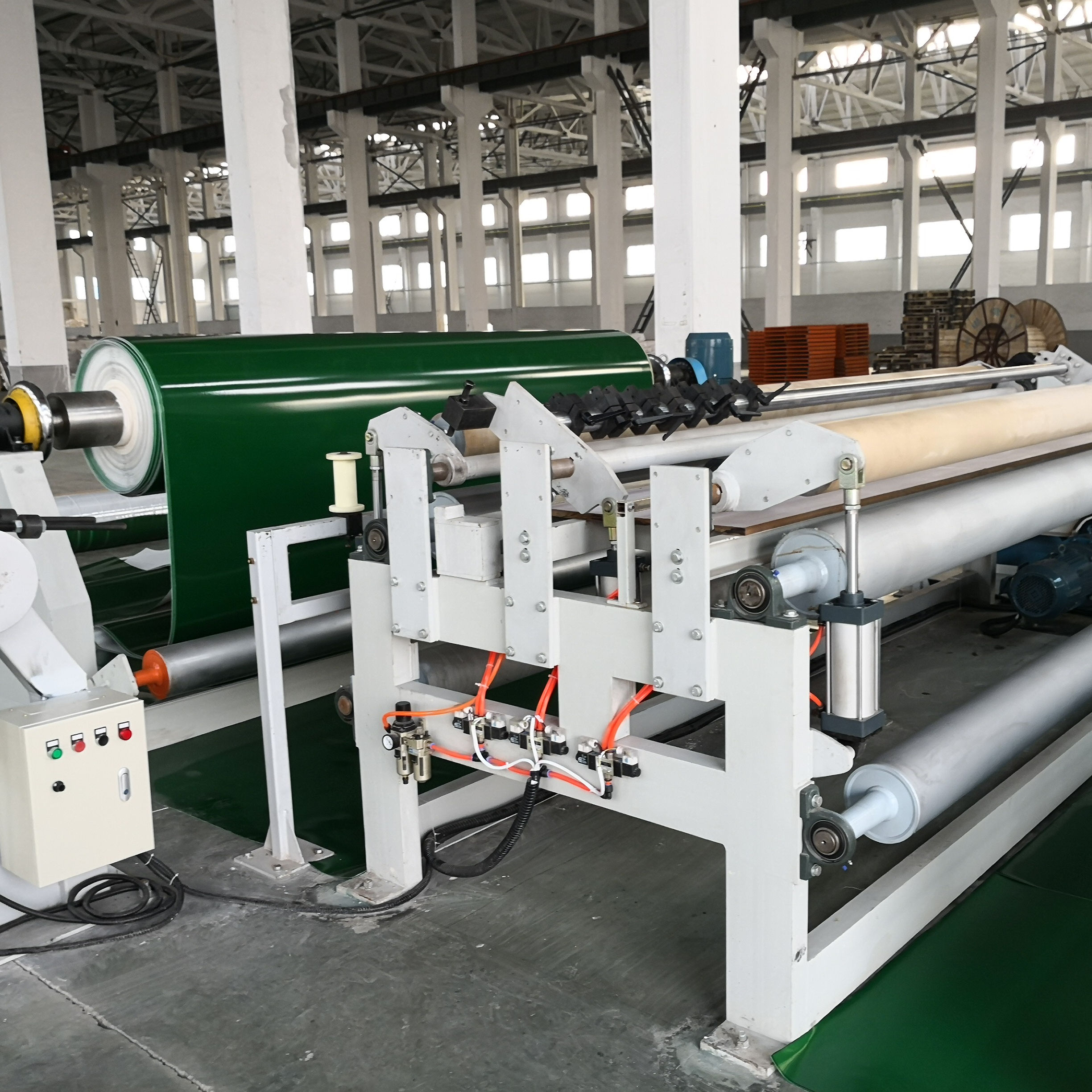Laser high-quality slitting machine for PVC