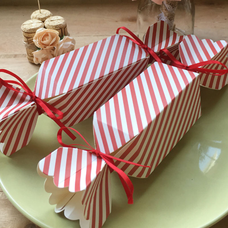 Unique Design Wedding Giveaway Gift Box Paper Candy Shaped Box with Different Colors
