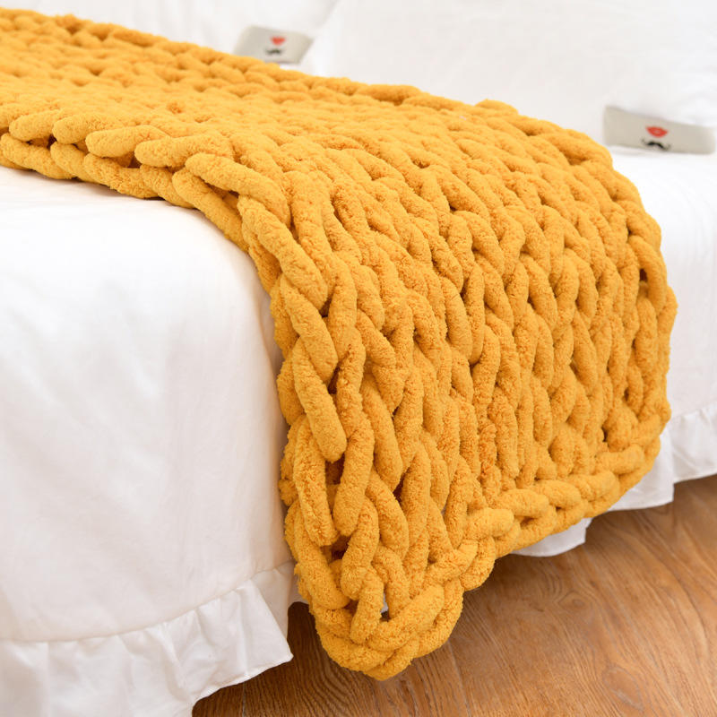 Hot sale wonderful warm comfortable chenille throw blankets chunky knit chenille blanket for sofa