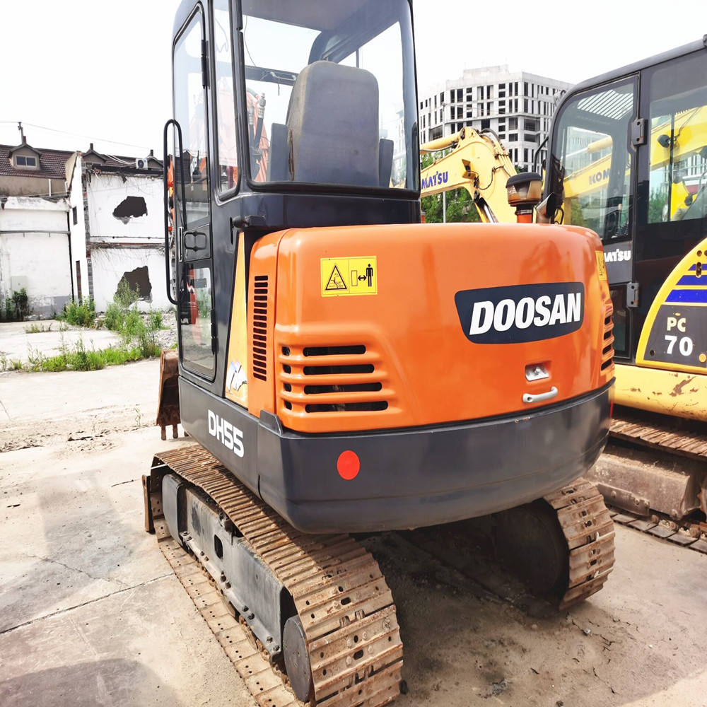 Used 5 ton Mini Excavators , Used DH55 R55 SK75 PC55 Small Cheap Price Crawler Excavator