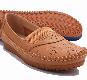 CHEAP USD3-5 wholesale brown ladies flat femme comfort homme boat mocassin shoes for women
