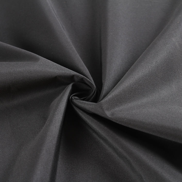 Pvc Polyester Fabric 100% Polyester 235gsm Heavy Polyester Taslan Fabric With PVC Calendering