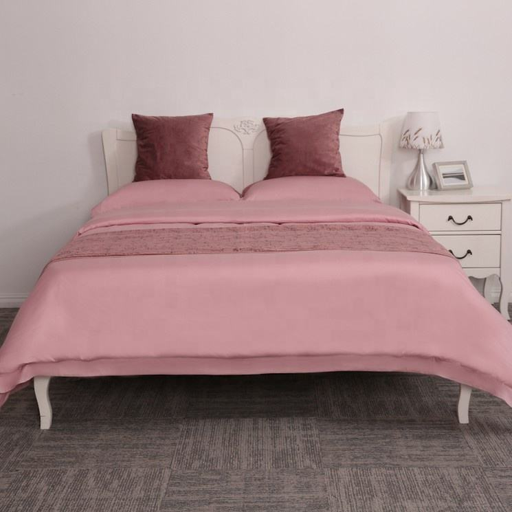 No MOQ individual/doble/rey/tamaño equipado colcha en la cama