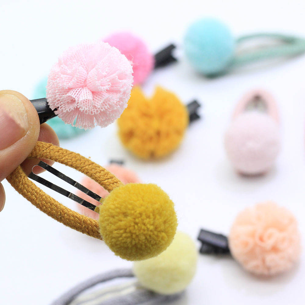 Assorted Snap Hair Clips With Pom Pom Balls Baby Girl's Hair Barrettes Headpieces Lovely PomPom Hairpin Hairclip Snap Hair Clip