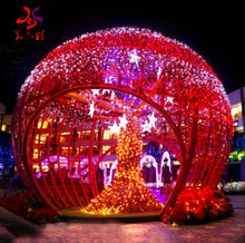 Outdoor commercial Christmas Decorations red 3d arch large huge ornament arch giant ball tree motif lights for shopping malls