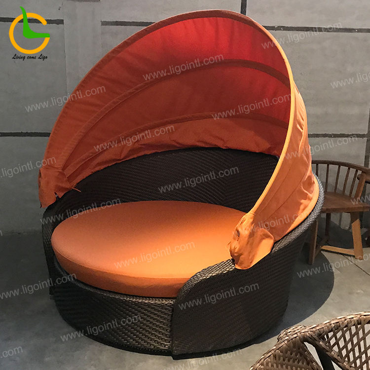 Waterproof holden canopy round rattan outdoor daybed(accept customized)